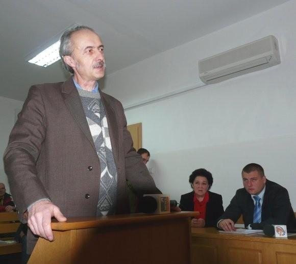 - Komisja lekarska w Stargardzie orzekła u żony aż 24-procentową utratę zdrowia - mówi Piotr Wolański, mąż rannej pod Grenoble Jolanty. Na zdjęciu podczas lutowej rozprawy.