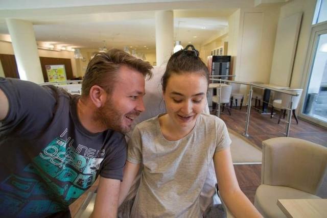 Natalce w Paryżu towarzyszył m.in. jej brat Miłosz, jeden z inicjatorów akcji charytatywnej.