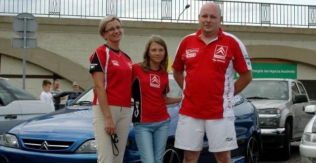 Na zdjęciu p. Agnieszka Choroszyńska z córką Olą i mężem Marcinem.