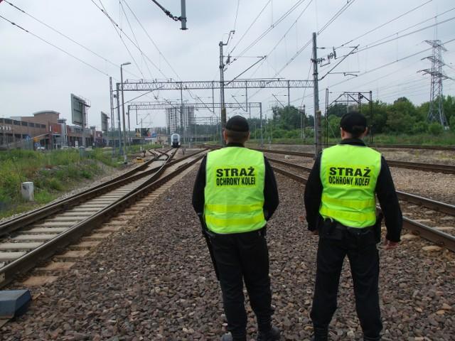 Funkcjonariusze SOK udaremnili kradzież elementów metalowych