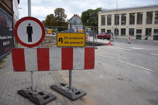 Sprawdzamy, jak przebiegają prace przy ul. Wrocławskiej w Zielonej Górze.