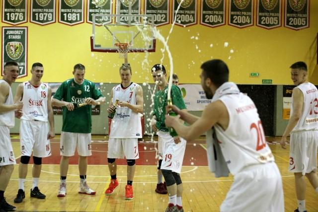 Jest co świętować - Śląsk potrzebował tylko sezonu żeby znaleźć się na zapleczu Polskiej Ligi Koszykówki
