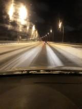 Atak zimy w województwie śląskim. Tragiczne warunki i chaos na drogach. Doszło do ponad 200 kolizji