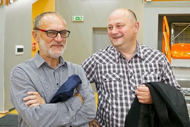 Wiesław  Pietryka (z lewej) nadal będzie prezesem TSV Sanok. W nowym zarządzie nie będzie, z kolei dotychczasowego wiceprezesa Roberta Hnata (z prawej).