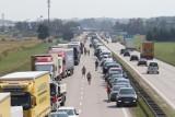 Wypadek na autostradzie A4. Są utrudnienia. Sprawdź!