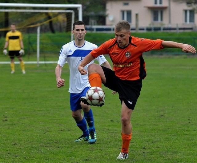 Żurawianka Żurawica - Sokół Sieniawa 0-3Dwie bramki dla Sokoła Sieniawa strzelił Łukasz Bursztyka. W 90 minucie wynik meczu ustalił Wojciech Tołpa.