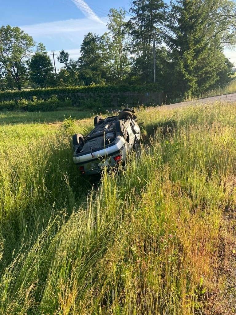 Ryżówka. Wypadek na DW 653. Droga była częściowo zablokowana...