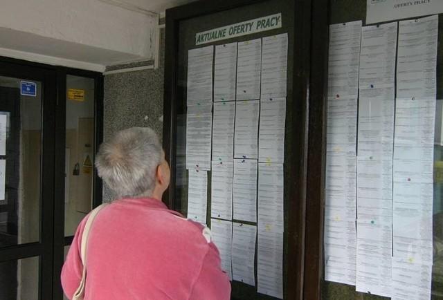 Jeśli szukasz pracy w Słupsku, bądź okolicznych miejscowościach to koniecznie sprawdź najnowsze oferty, które zostały zgłoszone przez przedsiębiorców z regionu do Powiatowego Urzędu Pracy w Słupsku. Co można wśród nich znaleźć? Sprawdź.