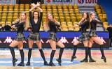Cheerleaders Gdynia wspierały koszykarzy Asseco Arki podczas ligowego meczu z Zastalem Zielona Góra ZDJĘCIA