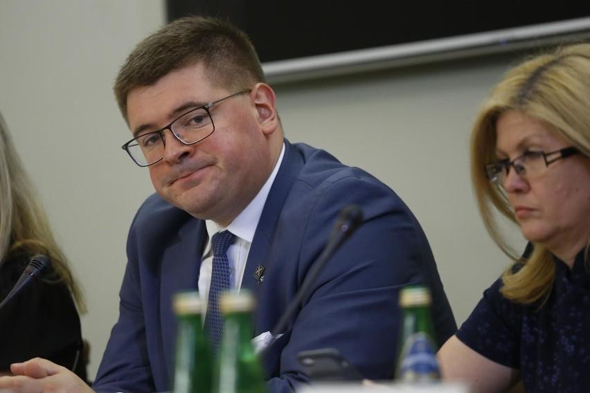 Tomasz Rzymkowski (PiS)...
