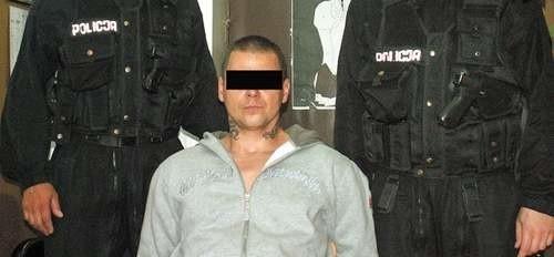 Zatrzymanie Roberta G. w Kołobrzegu w 2006 roku. Wtedy miał przed sobą rok odsiadki za pobicie.