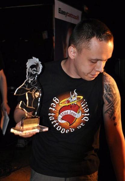 Trzecie miejsce zajął Tomek Zawiślak z Rzeszowa, którego tatuaż wykonywany był przez Juniora z Junior Ink Studio.