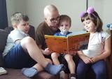 Zielona Góra. Pomóżmy Dzielnej Mamie czwórki dzieci walczyć z rakiem. Każda złotówka się liczy!