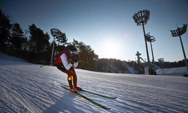 Trwa bieg narciarski łączony na 15 kilometrów. Kibicujemy Justynie Kowalczyk.