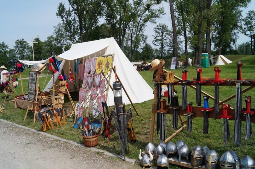 Ostrołęka. Piknik Historyczny na Fortach Bema [ZDJĘCIA]