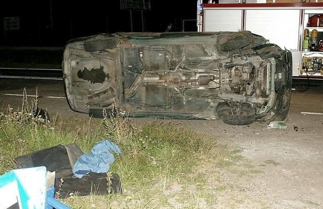 23-letnia pasażerka renaulta zginęła. Policja ustaliła, że nie zapięła pasów bezpieczeństwa