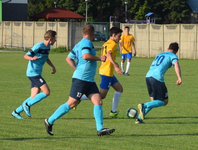 W I rundzie Regionalnego Totolotek Pucharu Polski w podokręgu Rzeszów-Dębica mieliśmy derby, w których ŁKS Łukawiec (żółte koszulki) rozbił aż 11:0 Terliczkę