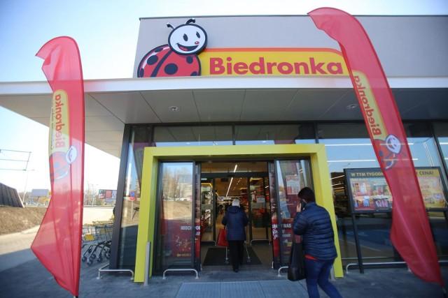 Sklepy czynne dziś, 26 grudnia 2020. Które sklepy są otwarte w Drugi Dzień   Świąt Bożego Narodzenia 26.12.20