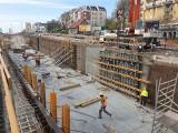 Rozbudowa Kujawskiej w Bydgoszczy dokładnie na półmetku [zdjęcia]