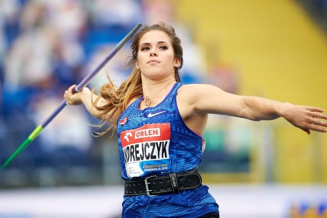 Maria Andrejczyk twarda stąpa po ziemi przed igrzyskami, a złoty medal ze Splitu oddaje na szczytny cel