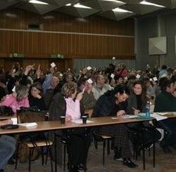 Prawie 300 osób dogadało się, zawiązało spółkę i zarejestrowało ją w sądzie. To  duży sukces środowiska ostrołęckich drobnych handlowców.