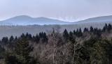 Wiosna powoli wkracza w Beskid Niski. Ze szczytu Wysokie widać Tatry! [ZDJĘCIA]