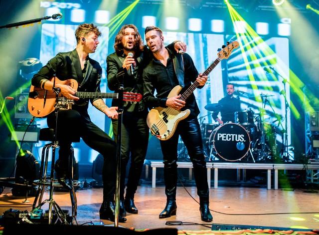 Ozdobą Dni Przysuchy był wieczorny występ zespołu Pectus, a artyści porwali swą muzyką wielotysięczną publiczność.