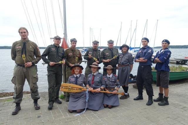 Załoga inowrocławskiego ZHR zajęła pierwsze miejsce  w regatach na jeziorze Charzykowskim i zdobyła Kaszubski Pagaj