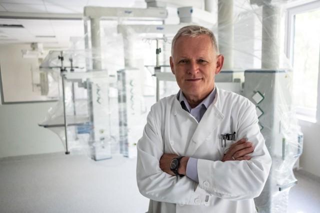 Profesor Michał Wojtalik, oprócz kierowania Kliniką Kardiochirurgii Dziecięcej UMP, jest także prezydentem klubu Rotary Poznań-Puszczykowo.