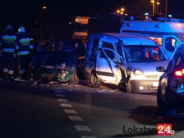 Wypadek na obwodnicy Kędzierzyna-Koźla. Trzy osoby poszkodowane