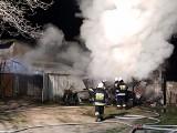 Pożar garażu w Pomorzanach w gminie Wierzbica. Zapalił się zgromadzony tam opał