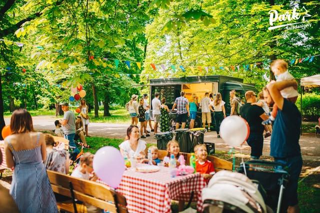 Śniadanie w Parku Andersa. Cykl śniadań w plenerze