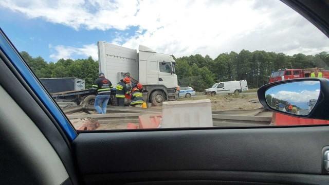 Wypadek na DK1 w miejscowości Kruszyna za Częstochową
