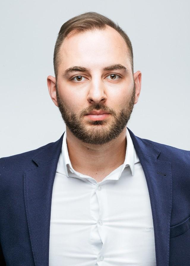Adam Dużyński, Client Specialist, Nielsen.