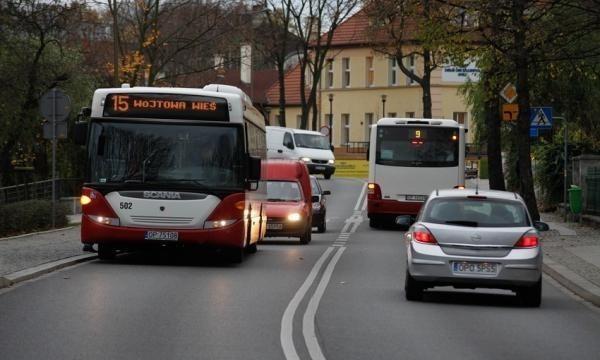 Pomysłów na powrót autobusów pod szpital było już wiele.