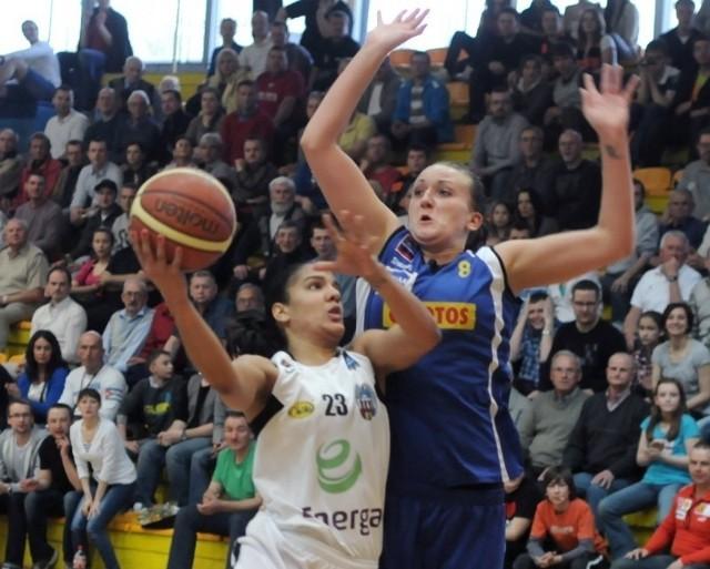 Jazmine Sepulveda (mija Magdalenę Kaczmarską) 10 ze swoich 14 punktów zdobyła w pierwszej kwarcie.