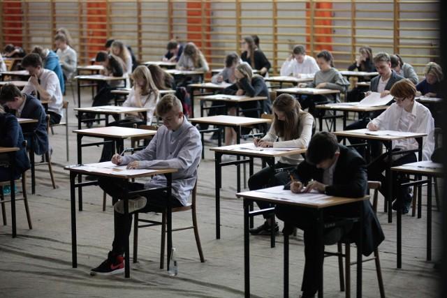 Egzamin gimnazjalny 2018 (Arkusz, Odpowiedzi)