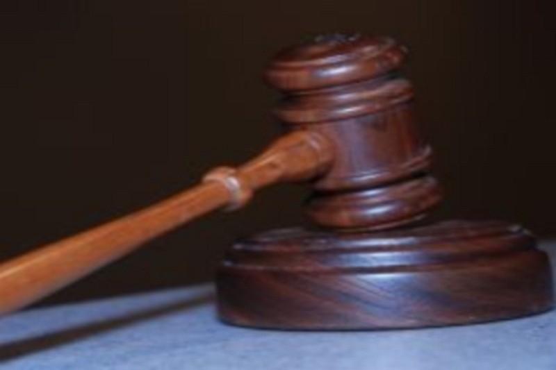 36-latek molestował pasierbicę. Pedofil skazany na 4,5 roku więzienia