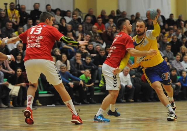 W poprzednim sezonie Czuwaj w Pucharze Polski zmierzył się ze Słynnym Vive Kielce a mecz obserwował nadkomplet kibiców.