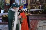 Orszak Trzech Króli w Dąbrowie Białostockiej. Było skromniej niż w poprzedniach latach, ale monarchowie - samorządowcy nie zawiedli