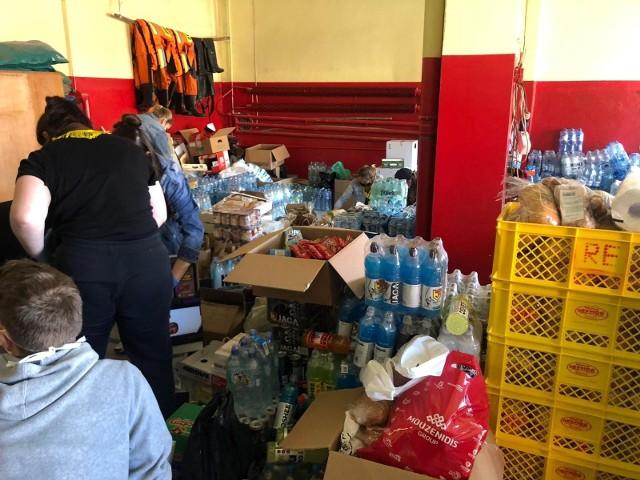 Jagiellonia Białystok zorganizowała zbiórkę żywności strażakom walczącym z pożarem Biebrzańskiego Parku Narodowego