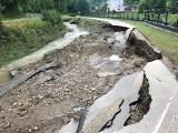 Powiat tarnowski. Liczą straty po nawałnicy w gminie Zakliczyn. Uszkodzone drogi, pobocza, przepusty, dojazdy do domów