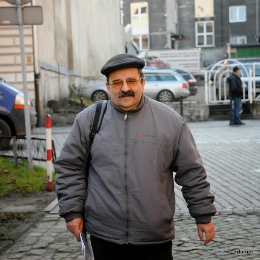 Marek Waniewski trafił na 1 dzień za kratki. To kara za jazdę rowerem tunelem
