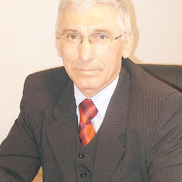 - Większość osób bezrobotnych w powiecie wąbrzeskim na tylko podstawowe wykształcenie - mówi Wojciech Dombrowski, dyrektor PUP