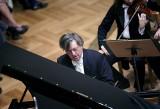 Wybitny pianista Piotr Paleczny zagra w niedzielę w kościółku w Nekielce