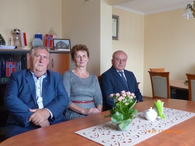 Członkowie Zarządu Powiatu, od lewej: Wojciech Janczyk, Elżbieta Grela, Grzegorz Piór