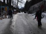 Uwaga turyści. W Tatrach zrobiło się prawdziwe lodowisko [ZDJĘCIA]