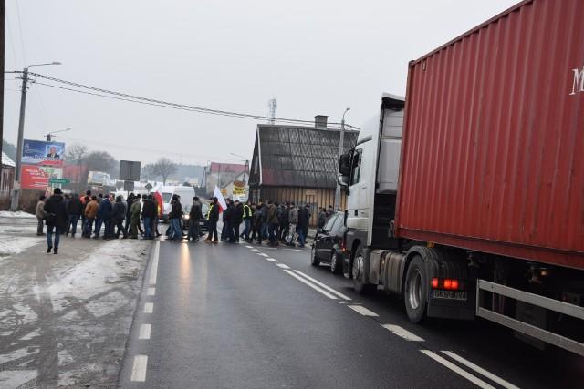 Zdjęcie ilustracyjne. Poniedziałkowy protest w miejscowości Rychnowy