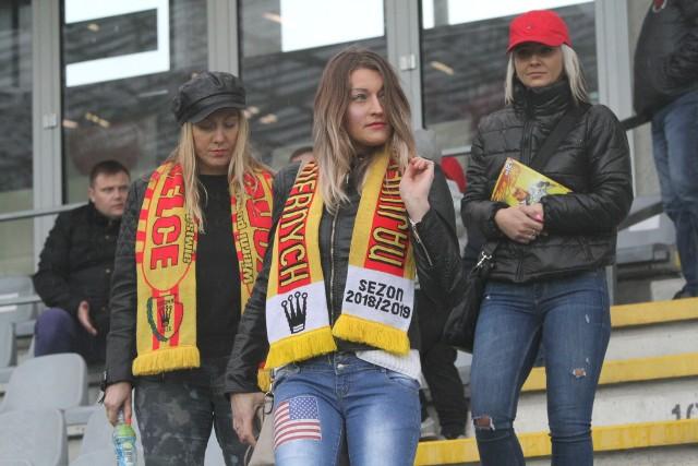 W niedzielę Korona Kielce przegrała na Suzuki Arenie z Arką Gdynia, a na mecz przyszło 4479 kibiców. Jeśli byliście Państwo na tym spotkaniu, to znajdziecie się na naszych zdjęciach.