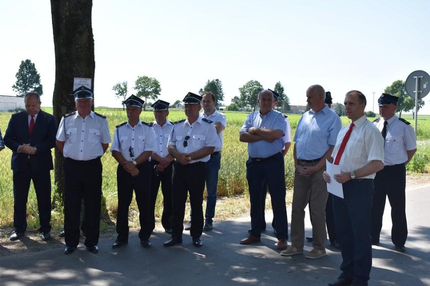 Droga Wąpielsk-Kiełpiny koło Rypina oficjalnie otwarta. Zobacz zdjęcia